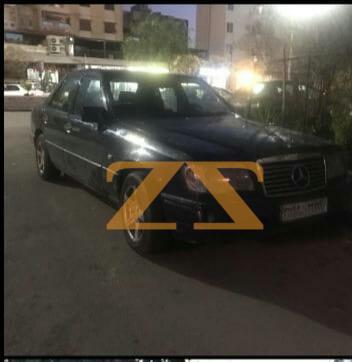 سيارة مرسيدس فرخة للإيجار في دمشق