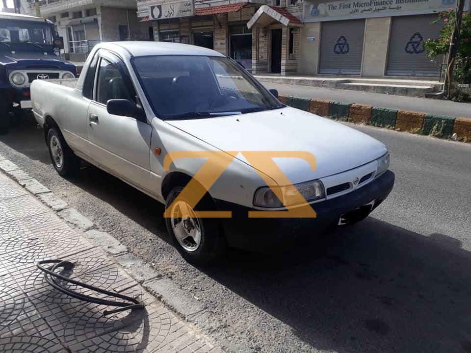 للبيع سيارة نيسان حمص