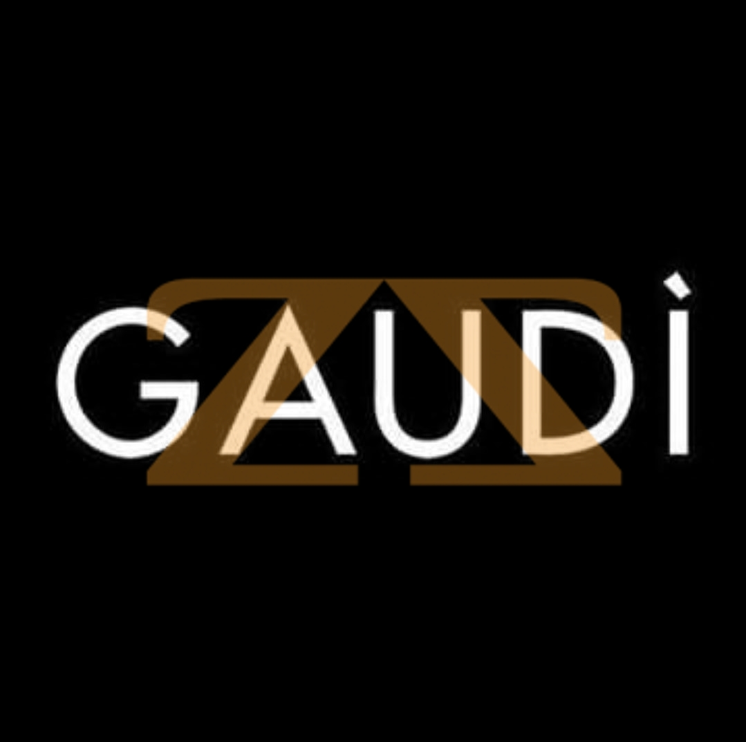 كنزة من Gaudi