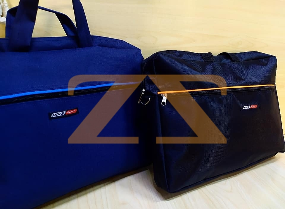 حقيبة لاب توب قماشية عادية باللون الأسود