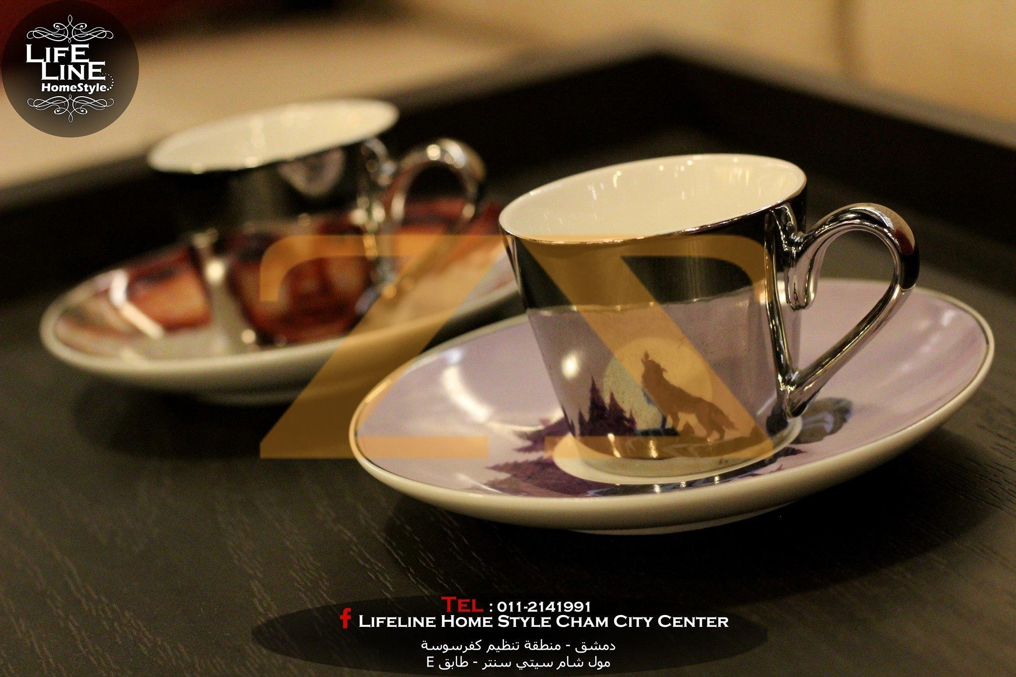 فناجين قهوة ثلاثية الأبعاد