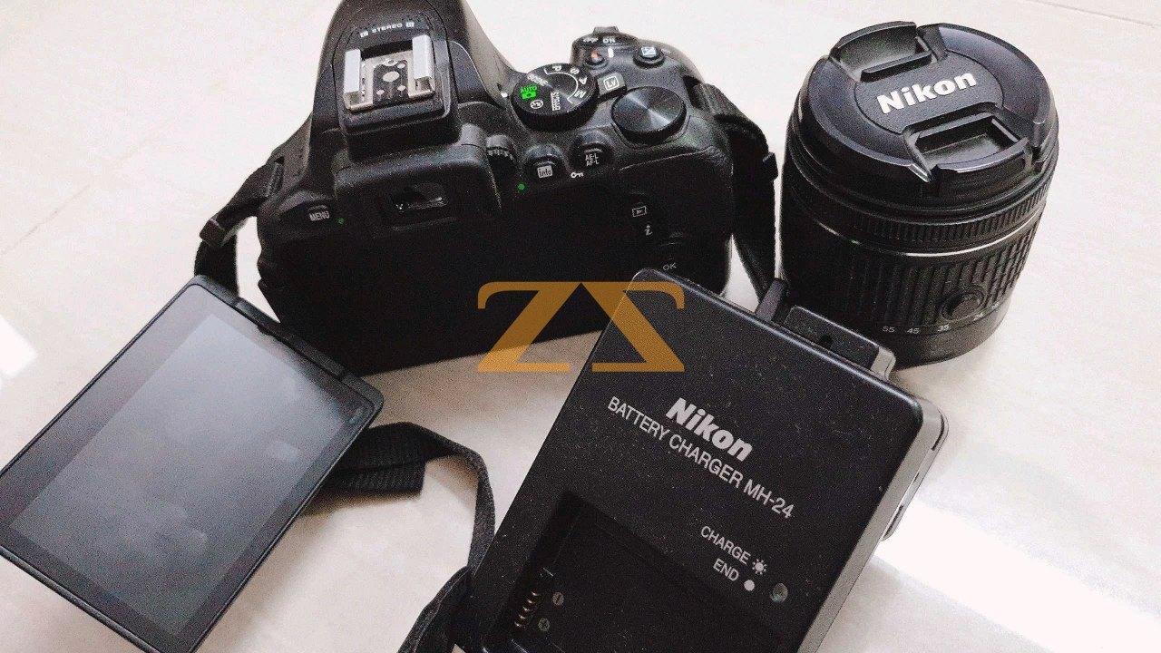 كاميرا nikon