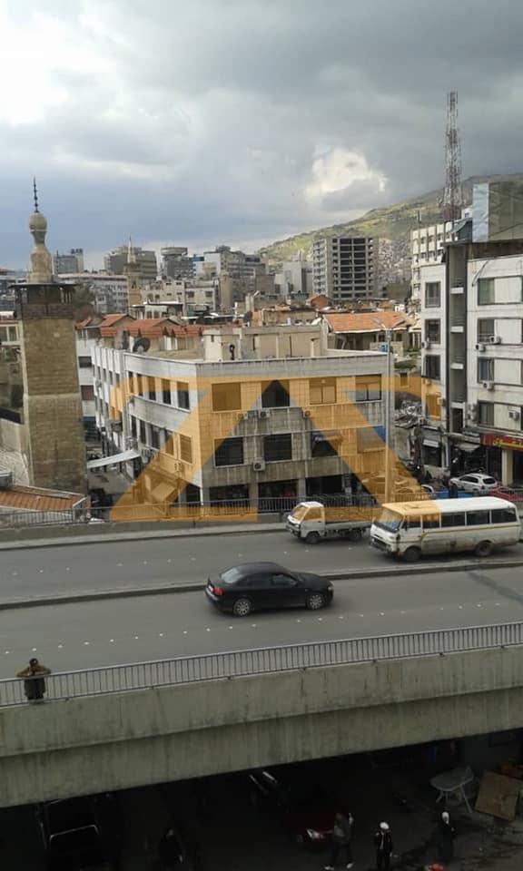 مكتب تجاري للبيع في دمشق شارع الثورة