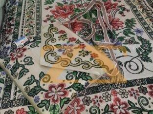 عرض سجادة الصلاة المحمولة مع حقيبة قماشية + القرآن