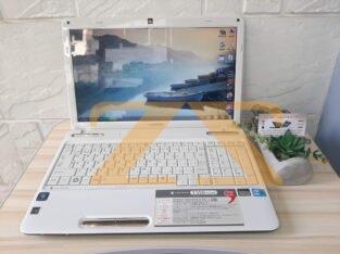 لابتوب Toshiba dynabook