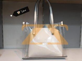 حقيبة شفافة