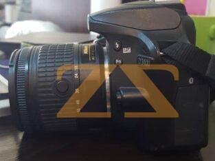 للبيع في دمشق او حلب كاميرا nikon d3400