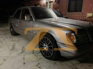 للبيع في دمشق مرسيدس 300